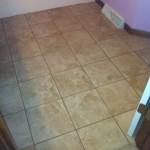 Bathroom tile with Pozzalo Coastal Beige and TEC Accucolor XT Light Buff