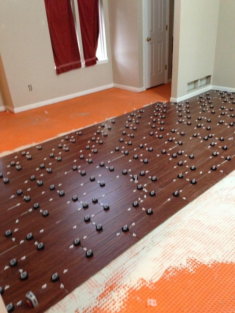 Leveling Bathroom Floor Before Tiling : Tornado leveling system columbia missouri bathroom